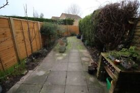 2 bed house to rent ,with garden and parking