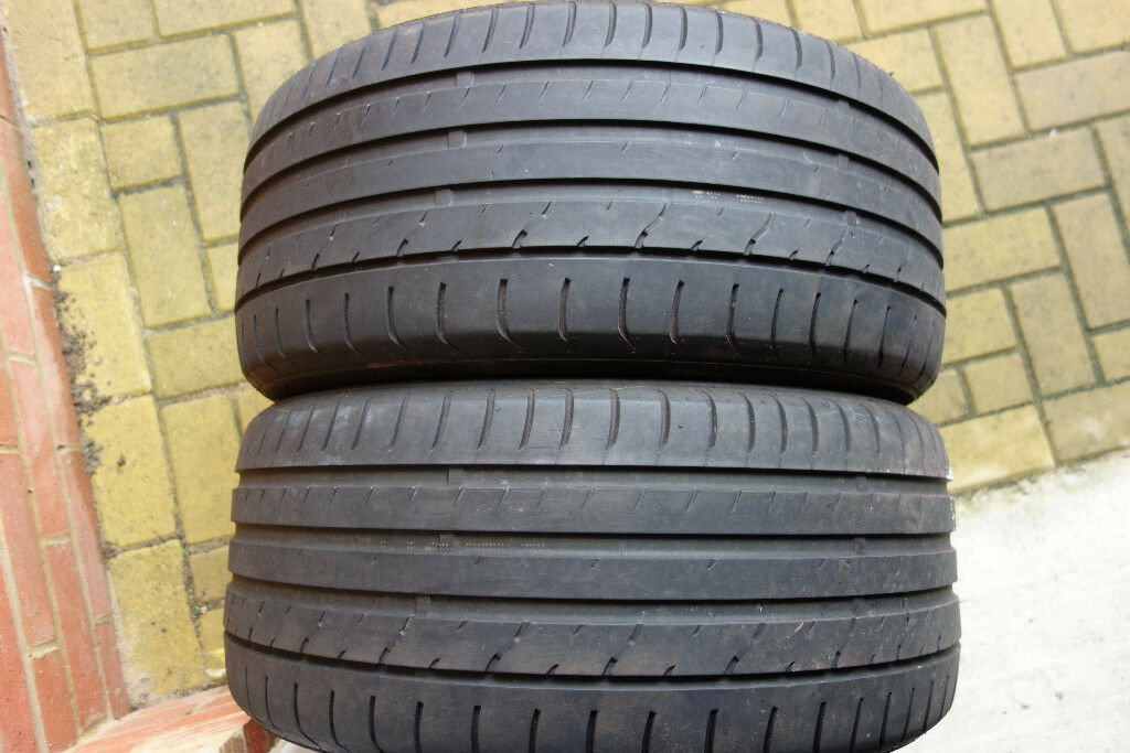2x tyre Maxxis 255/40/19 tyres