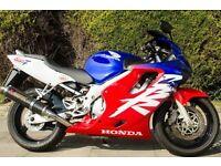 Honda CBR600F. Full Honda Service history, low mileage, lots of extras