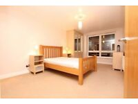 **AWESOME DOUBLE ROOM IN ZONE 2 BROMLEY BY BOW ALL INCLUDED!!**