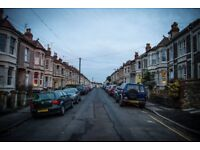 Double bedroom to rent in cosy wooden-floored 2 bed house with garden in Totterdown/ Knowle