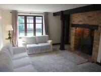 Charming 3 bedroom house, with spacious modern kitchen, in lovely village with pub