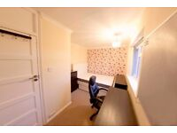 1 double bedroom left in house share on Highwray Grove, a nice quiet road