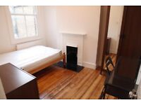 cosy room in a house with garden. 1mn walk to turnpike lane