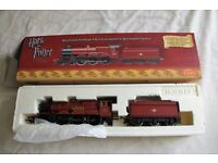 Hornby '00' - R2491 Harry Potter Hogwarts Express 4-6-0 locomotive 'Hogwarts Castle'