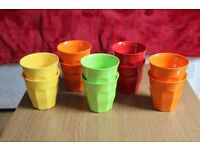 Set of 10 plastic cups