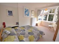 AVAILABLE MODERN 2 Bed AND 2 BATHS Flat in Worple Road, Wimbledon!!!DONT MISS IT