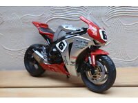 William Dunlop replica bike