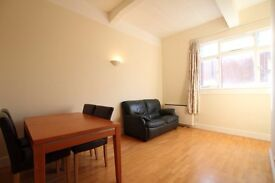 AN AMAZING & SPACIOUS 2 BED FLAT IN WHITECHAPEL MINS. TO THE STATION