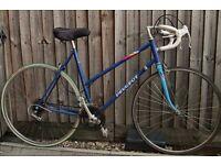 Lovely Vintage Peugeot Road Bike.M/L 54cm step through frame,700c Alloy wheels,14speed,Serviced