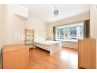 STUDENTS STUNNING 5 BEDROOM 4 BATHROOM HOUSE IN BARNFIELD PLACE E14