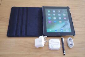 Apple iPad 4 4th Generation 32GB Wi-Fi 9.7in A1458 bundle