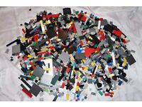 MEGA BLOCKS USED BRICKS OVER 3.3 KG COMPATIBLE WITH LEGO BRICKS