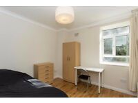 Large double rooms available in recently refurbished flats in West Kensington and Parsons Green