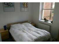 Two double bedroom flat to rent in central Lewes. Close to shops, station and all amenities