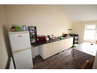 4 Bedroom Large Flat in Capehill, Smethwick B66
