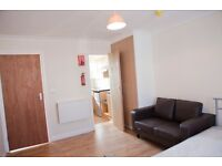 Gants Hill - Self Contained Room, All bills Included 15mins from Stratford