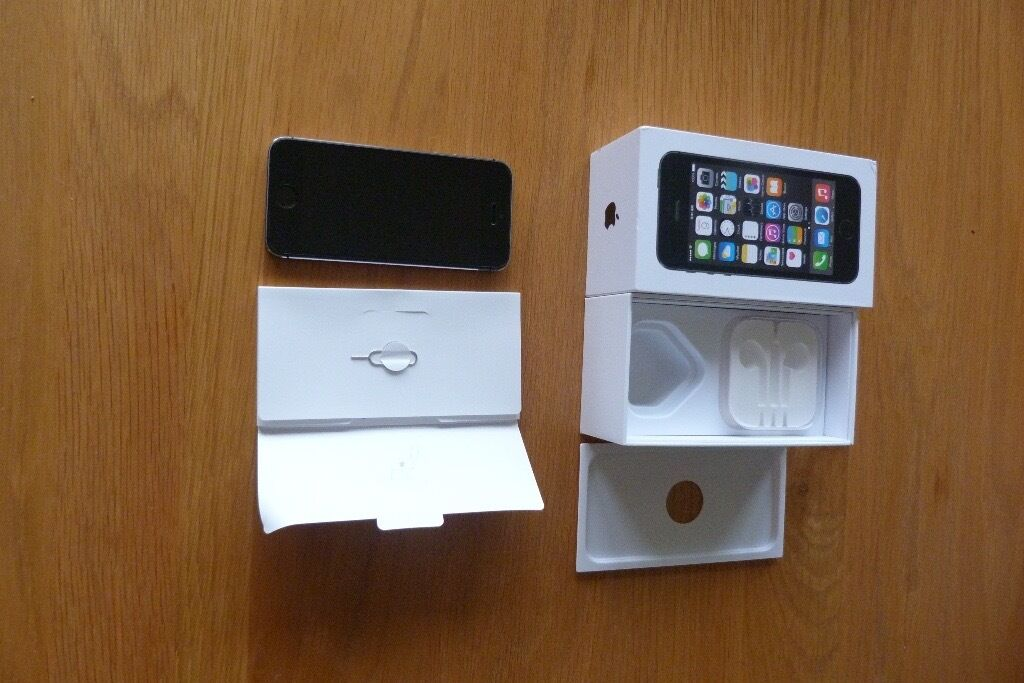 Apple iPhone 5s 16 GB in excellent condition fully boxedin Helensburgh, Argyll and ButeGumtree - Apple iPhone 5s 16 GB in perfect working order Was used on Vodaphone Excellent condition with screen protector you wont be disappointed Factory reset Boxed with all paperwork Thanks for looking