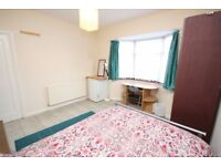 A spacious double located close to East Acton Station, local shops and bus routes
