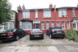 INC ALL BILLS!! Modern first floor double studio available now on Palmerston Road, A MUST SEE!!
