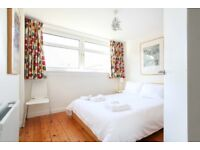 SHORT TERM LET: (Ref: 652) East Claremont St, Bright and welcoming 2 bedroom property