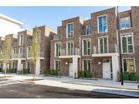 **STUNNING BRAND NEW 3 BED TOWNHOUSE-3 BALCONIES, GYM, CONCIERGE-ROYAL DOCKS E14** TG