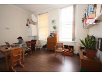 Bright two bedroom flat to rent in Stepney Green