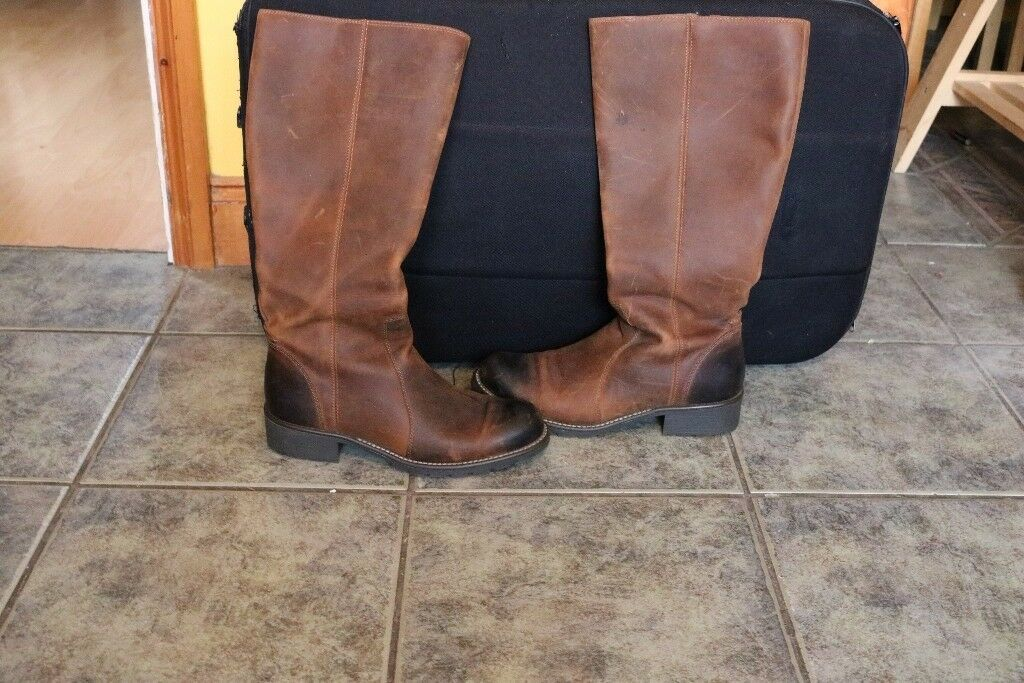 ladies clarks knee high boots size 8