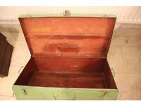 Metal storage chest