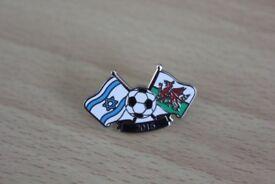 REDUCED TO ONLY £1 ISRAEL V WALES INTERNATIONAL FOOTBALL ENAMEL FRIENDSHIP BADGE