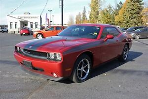 2010 Dodge Challenger SE/SXT Low K's Sun Roof Heated Leather Sea Windsor Region Ontario image 3