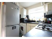 One bedroom flat to rent on Sunnycroft Road in Hounslow TW3