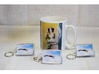 New gold finch mug with 3 free Red Kite key rings