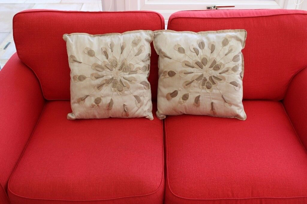 Pair of comfy cushions