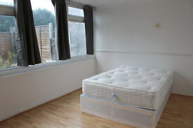 ***Unrepeatable Opportunity***Huge Double Room with Private Garden***