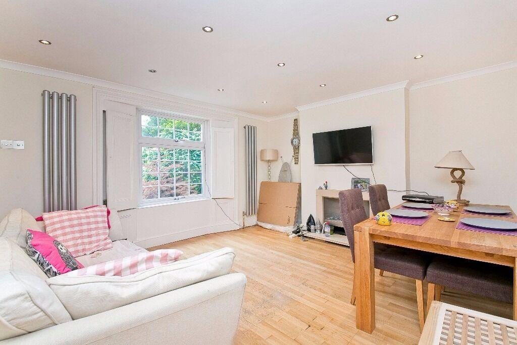 Exquisite 1 bedroom Apartment with Garden in Fantastic