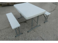 ROYAL LEISURE FOLDING PORTABLE WHITE SET OF TABLE & 4 CHAIRS 355419 > BRAND NEW