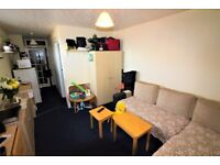 Scott Castle are Delighted to Offer this 1 Bedroom First Floor Flat in Boscombe for £550PCM!