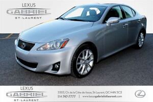 2011 Lexus IS CUIR + TOIT POWER MOONROOF + HEATED FRONT SEATS +