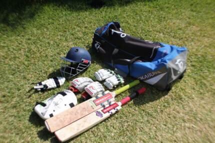 Cricket Kit - boys (12-13yrs) - Bargain! Robina Gold Coast South Preview