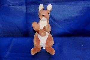 Beanie Babies Collection: POUCH - kangaroo and joey McDowall Brisbane North West Preview