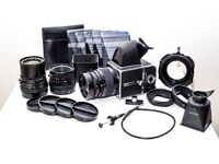 Hasselblad 500 c/m kit w/ 50mm, 80mm, 150mm lenses & loads of extras!