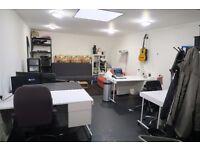 Private Shoreditch Garden Studio / Office (Large Fixed Desk)