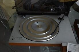 BANG AND OLUFEN BEOGRAMS SYSTEM RECORD DECK, CASSETTE DECK, AMPLIFIER WHARFDALE