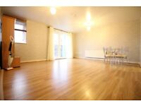 LARGE LUXURY TWO DOUBLE BEDROOM FLAT & PRIVATE PARKING- HOUNSLOW HESTON OSTERLEY ISLEWORTH WHITTON