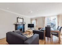 *PRIVATE ROOF TERRACE* A spacious three double bedroom, maisonette on Mirabel Road in Fulham.