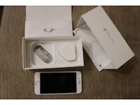 Unlocked iPhone 6, white, 16GB with free screen protectors and replacement screen