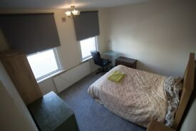 Large Bedroom in shared house - Thornton Heath - CR7 - Available NOW