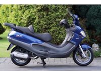 SOLD! Piaggio X9 250 Evolution maxi scooter 2004, only 1 previous owner (!), recent belt and exhaust