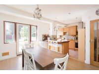 Well presented 3 bedroom property in a quiet residential road: easy reach of Kingston & New Malden